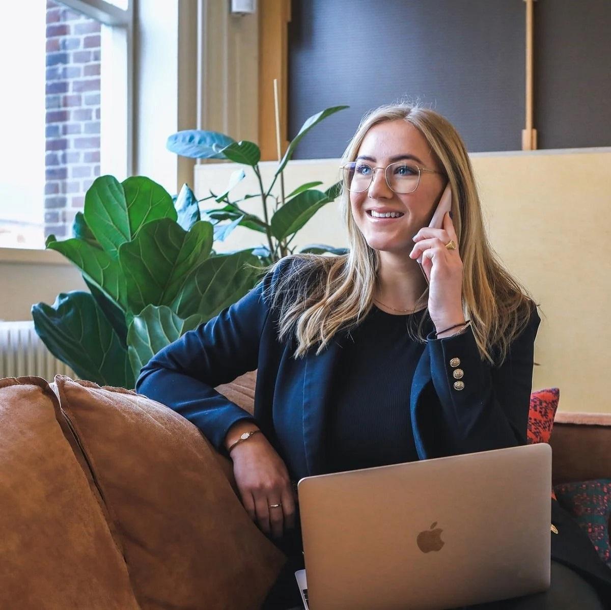 Afaceri online - fonduri europene pentru tineri antreprenori